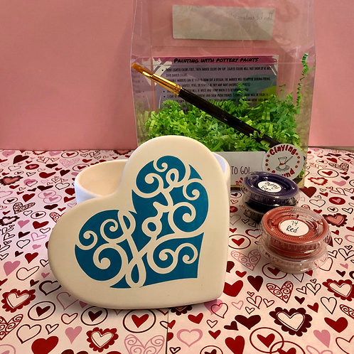 Large heart box with love sticker kit