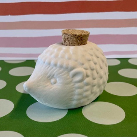 Hedgehog jar w/cork