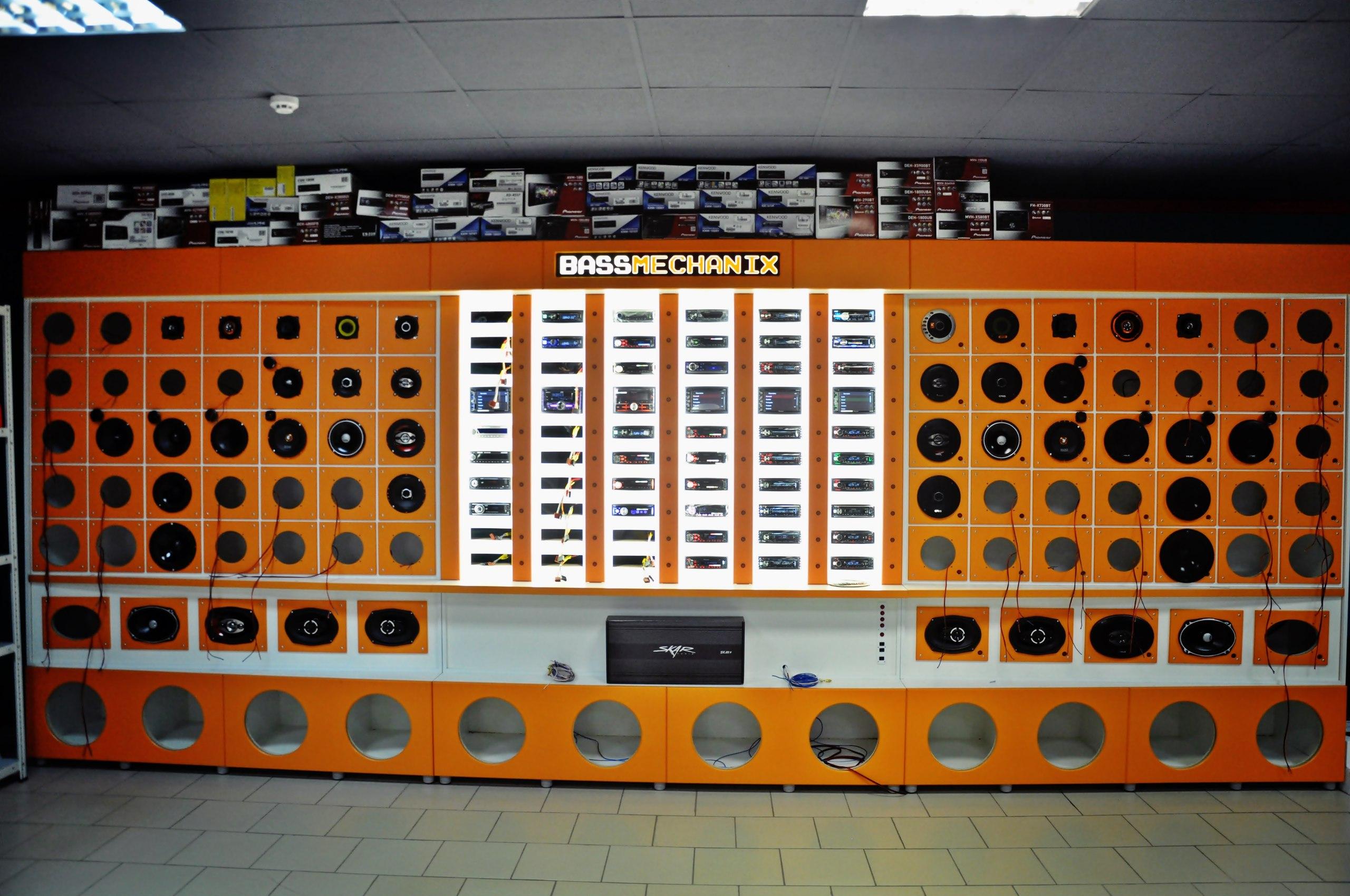 Car audio демостенд 60*40