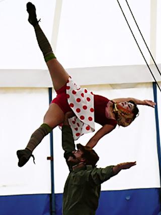 Pieza El relojero y la muñeca (2008)