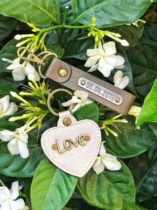 Schlüsselanhänger Klassisch + Herz