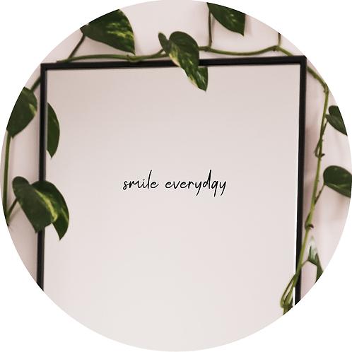 Aufkleber Spiegel, Fensteraufkleber, Spiegelaufkleber, smile everyday
