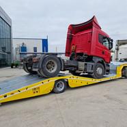 truck transporter trailer