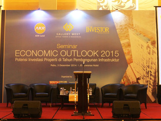 Fasilitator for Seminar Economic Outlook 2015 by AKR Land