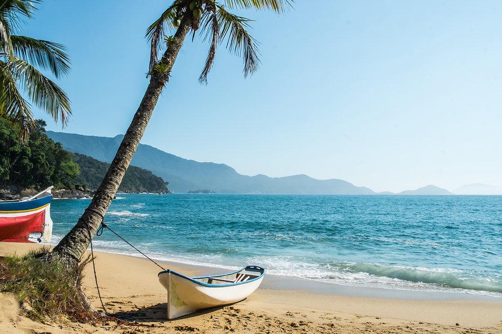 Ilha_Bela_-_Praia_Vermelha.jpg