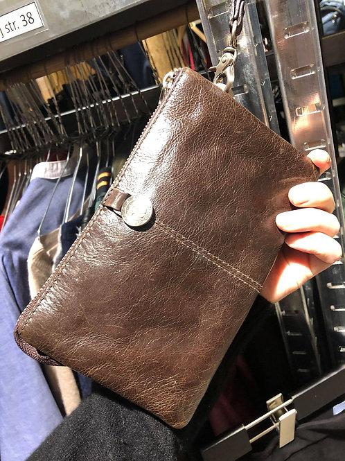 Adax brun clutch