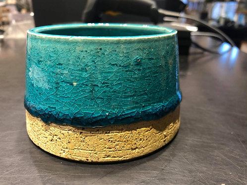 Blå glaseret keramik