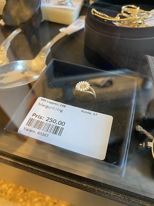 Margurit ring