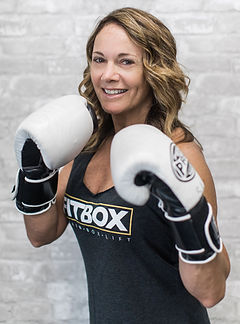 Sue Marshall, Boxing and Group Boxing Fitness Trainer at Fitbox Workout in Sherman Oak, CA