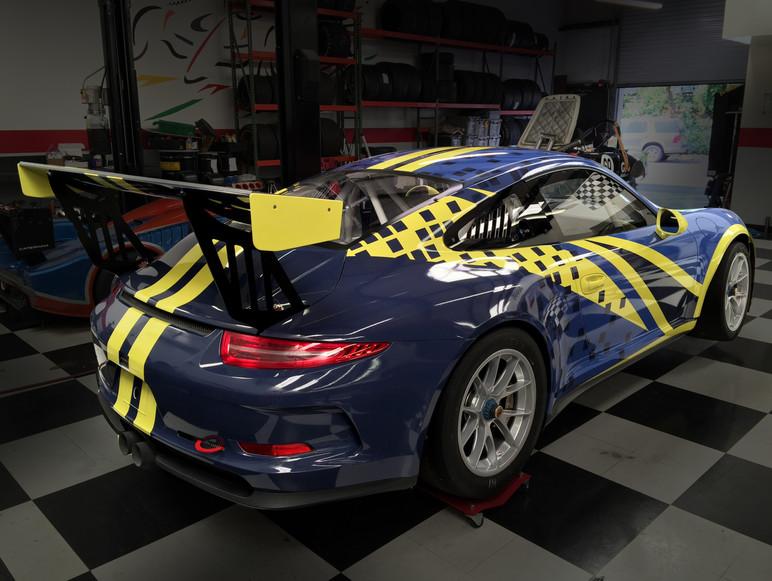Competition Tour Car Design