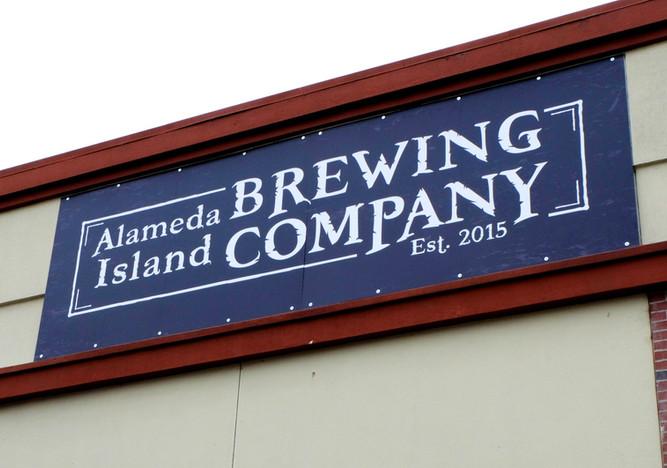 Alamedia Island Brewing Company Signage