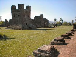 mision-jesuitica-de-santisima-trinidad-del-parana-itapua-encarnacion-turistas-ve