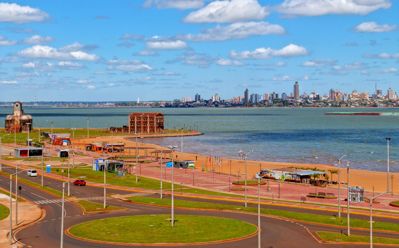 avenida-costanera-playa-san-jose-encarnacion-turistas-verano-turismo-paraguay-vi