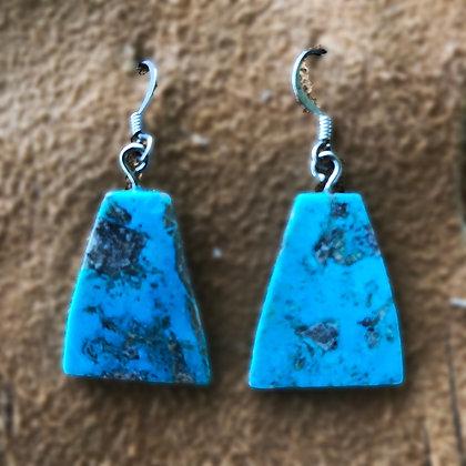 Angular Turquoise slices with dark Matrix