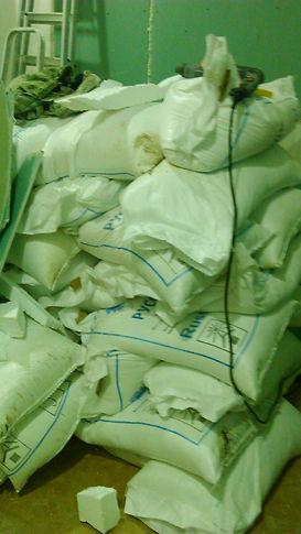 2 тонны соли  использовано для строительства нашей пещеры!