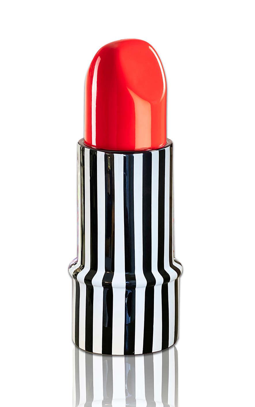 Orit Fuchs, HUGH Lipstick