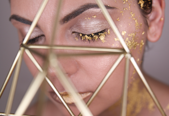 gold-leaf-make-up-6.png