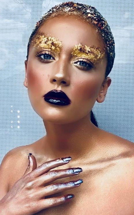 gold-leaf-make-up-8.jpg