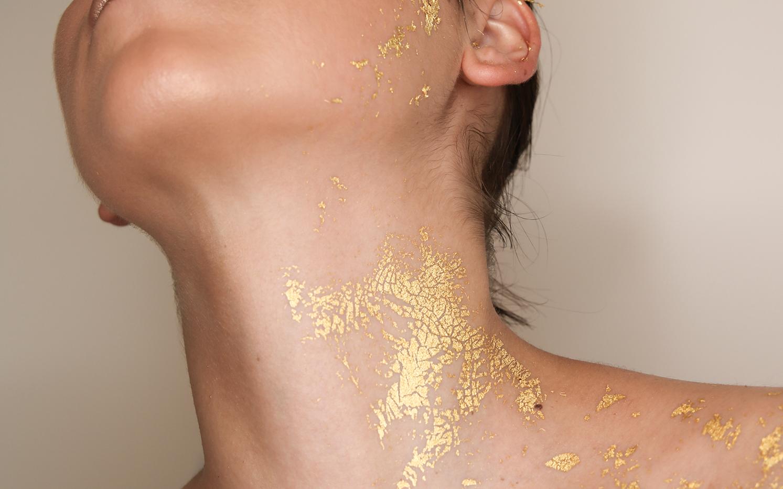 gold-leaf-make-up-1.png