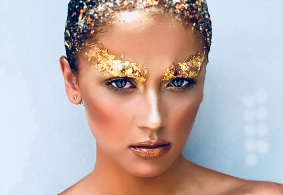Gold leaf make-up