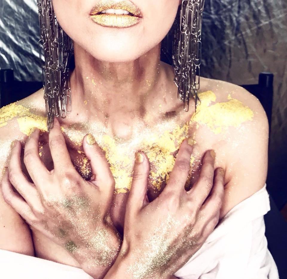gold-leaf-make-up-14.JPG