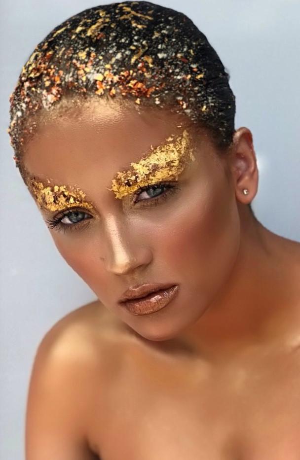 gold-leaf-make-up-11.jpg