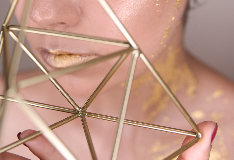 gold-leaf-make-up-5.png