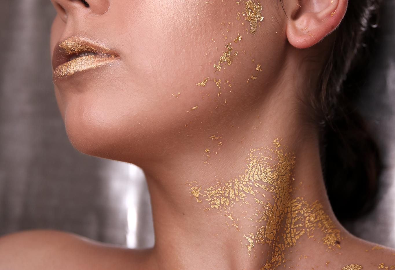 gold-leaf-make-up.png