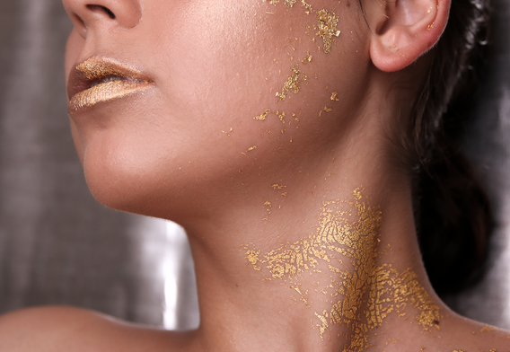 gold-leaf-make-up.png