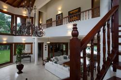 Villa Bahita Minitas Hall Stairway