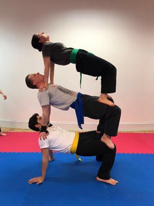 pa-kua_uk_acrobatics_07.jpg
