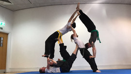 pa-kua_uk_acrobatics_05.jpg