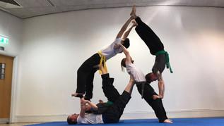 pa-kua_uk_acrobatics_05.jpg