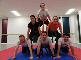pa-kua_uk_acrobatics_04.jpg