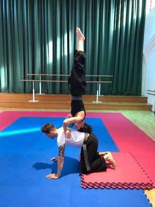 pa-kua_uk_acrobatics_09.jpg