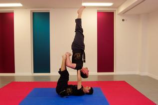 pa-kua_uk_acrobatics_14.jpg