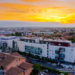 Levé de soleil sur mon Quartier - 03/05/2020 TOULOUSE  (31) - FRANCE DJI MAVIC 2 PRO