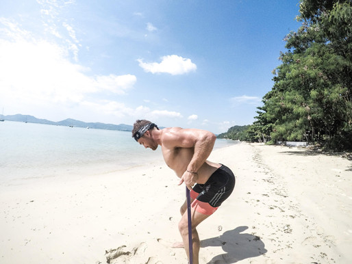 15 tips to keep you FIT and HEALTHY on your Travels!!