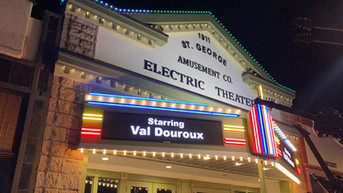 Val Douroux @ Electric Comedy Night