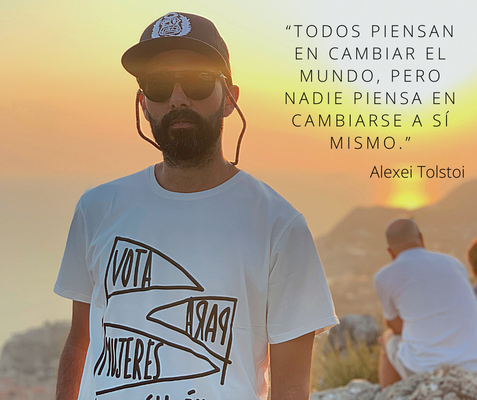 Todos piensan en cambiar el mundo, pero nadie piensa en cambiarse a sí mismo