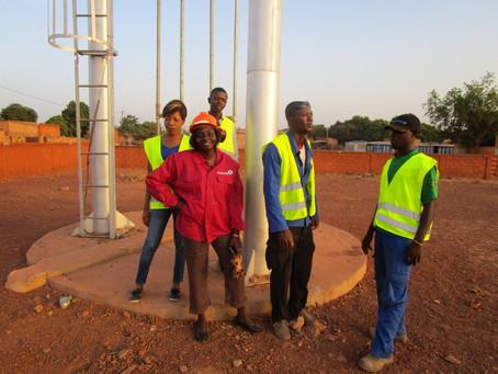 Kadidiatou HAEZEBROUCK/TAO, l'une des rares femmes à choisir le métier du solaire au Burkina Faso