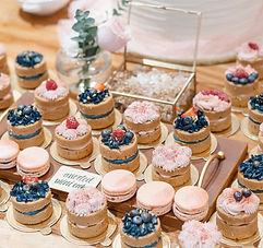 Mini Cakes + Wedding Cake-1.JPG
