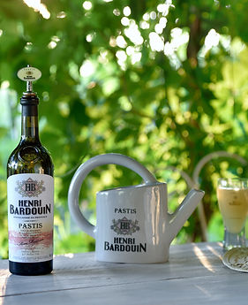 HB + arrosoir + bec + verre (2).jpg