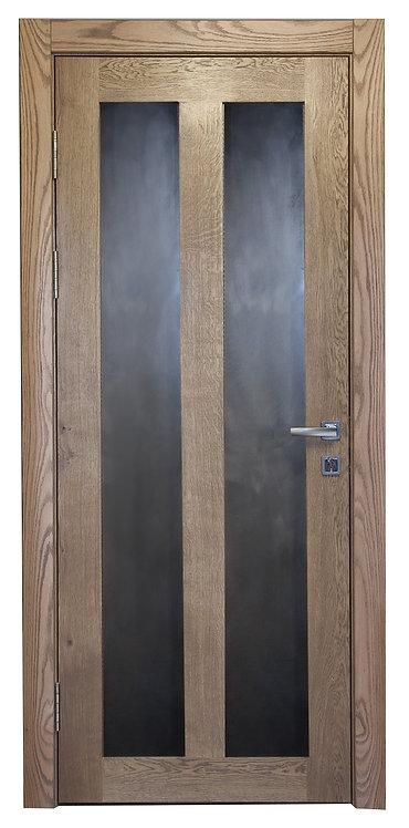 Дверное полотно из дуба  со стальными вставками