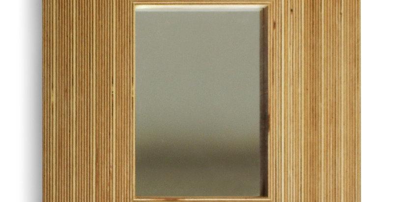 зеркало в стиле лофт из торцевой фанеры
