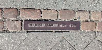 berliner-mauer-smaller.jpg
