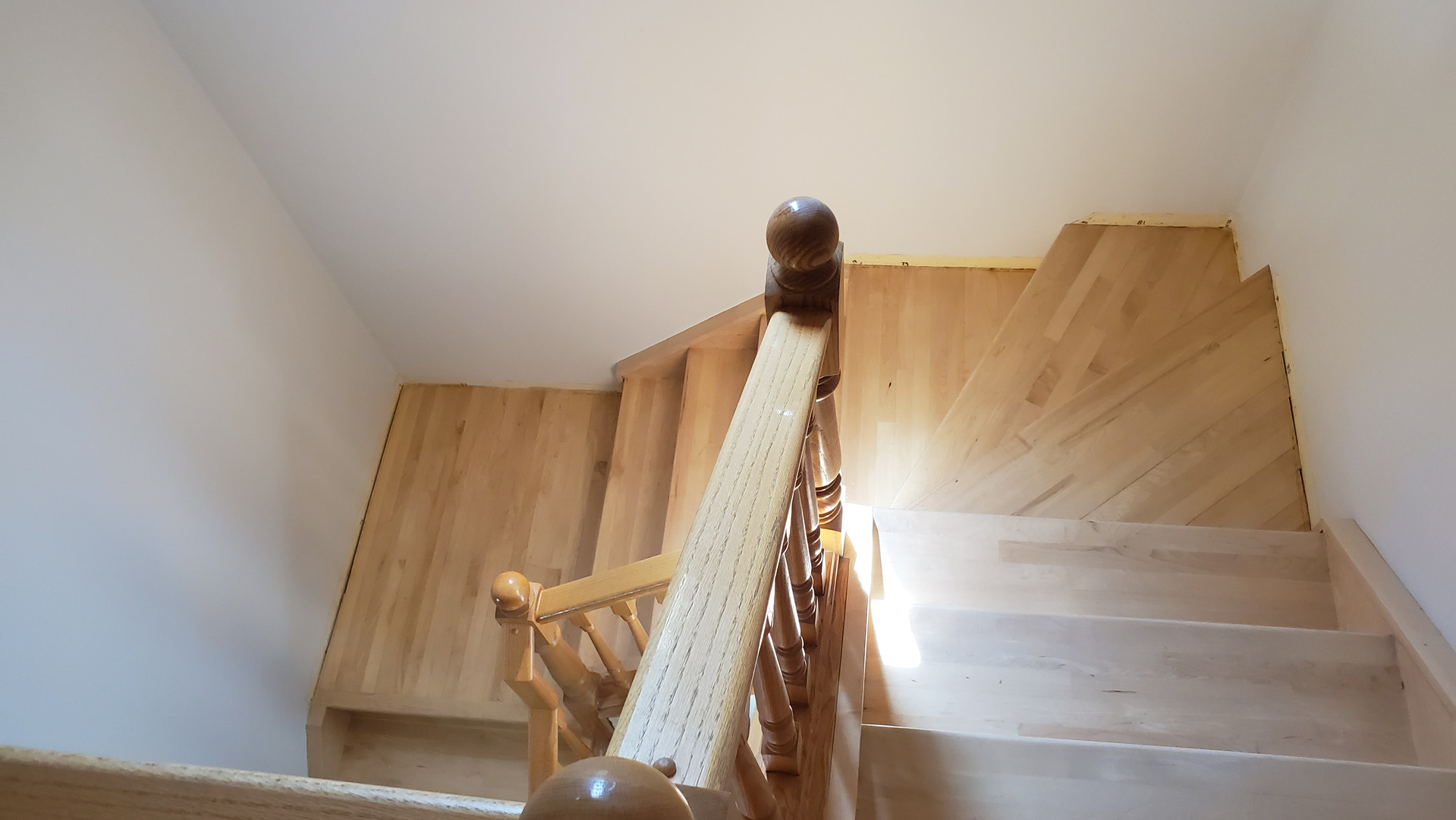 Maple Hardwood Stairs - Before