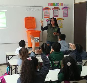 Charla de reciclaje Colegio Alcázares de Ñuble