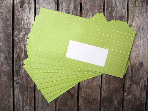 10 apfelgrüne Briefumschläge