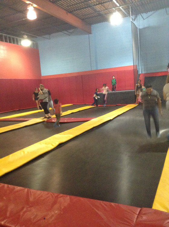 ILCWS Level 1 & 2 Field Trip to Flight Trampoline Park